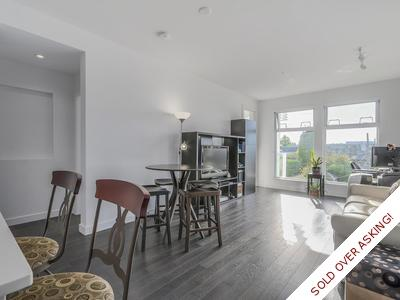 Cambie Condo for sale: Elizabeth 2 bedroom & den 939 sq.ft.